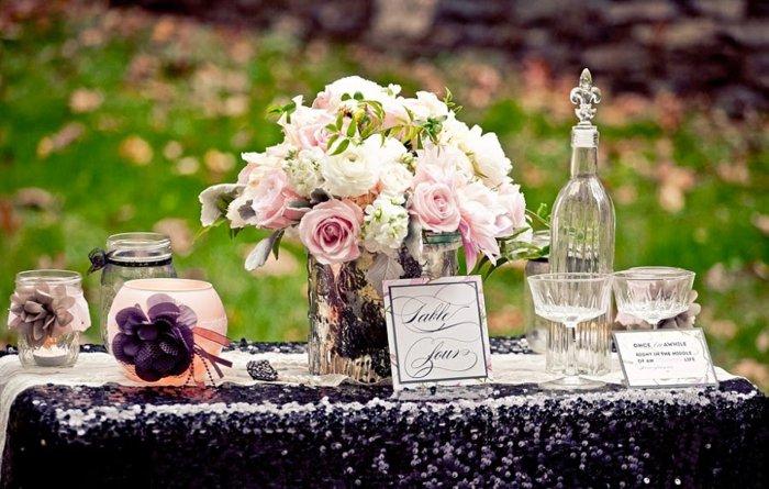 1-Tischdekoration-für-Hochzeit-inspiriert-vom-Dornröschen-Märchen