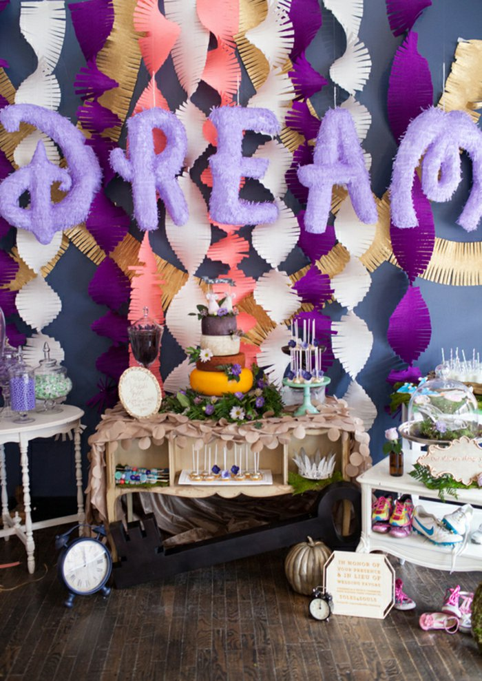 13-wunderschöne-Party-Deko-in-Aschenputtel-Stil