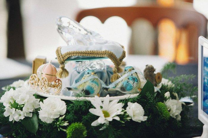 6-kokette-Tischdekoration-kleine-Kürbis-Kalesche-inspiriert-vom-Aschenputtel-Märchen