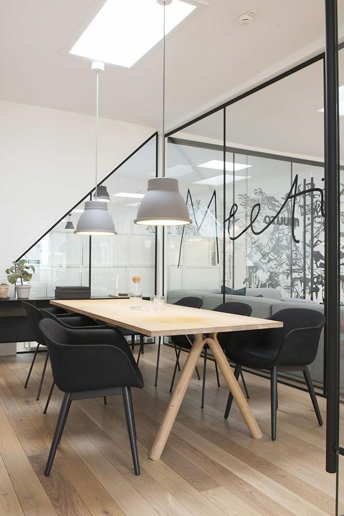 Büromöbel-konferenztisch-aus-holz