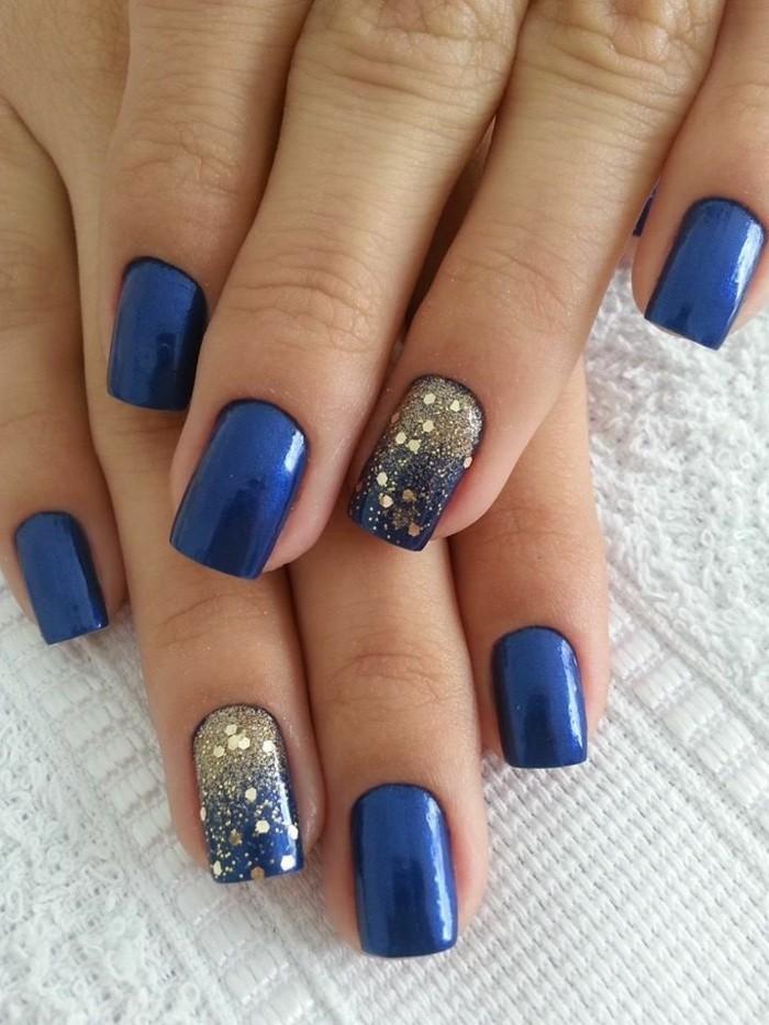Glitzer-nägel-designs-dunkel-blau