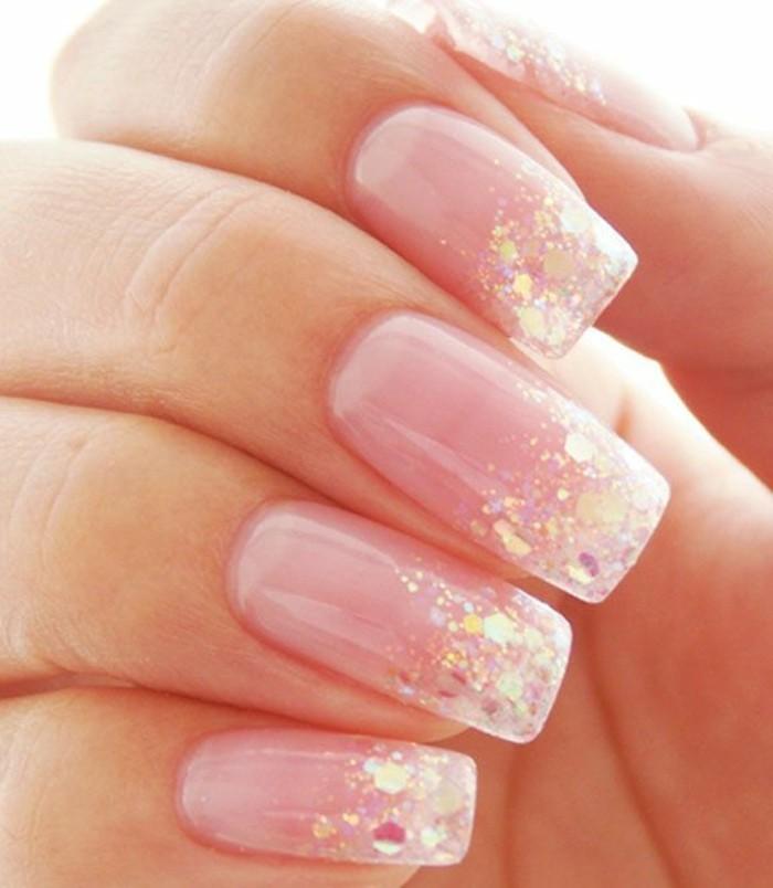 Glitzer-nägel-designs-weiß-und-pink