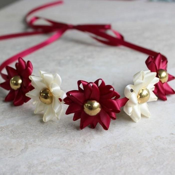 Haaraccessoire-in-Rot-und-Weiß-mit-goldenen-Perlen