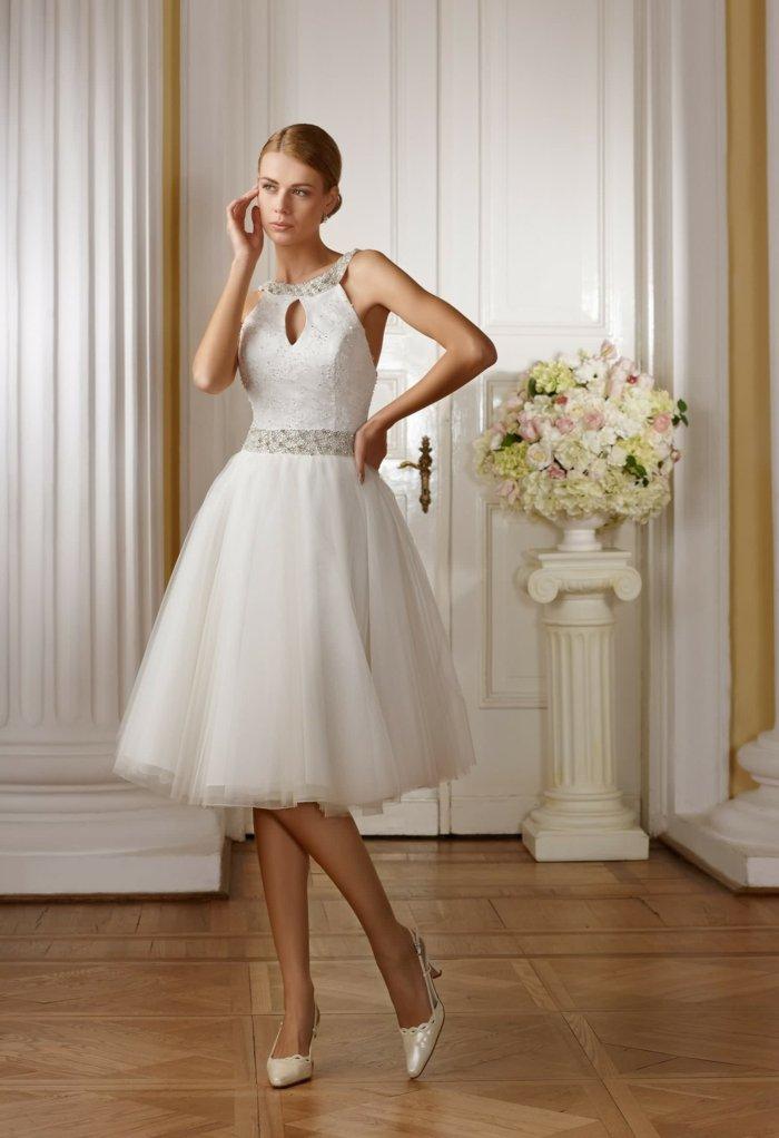 Hochzeit-in-Disney-Stil-Braut-als-Dornröschen