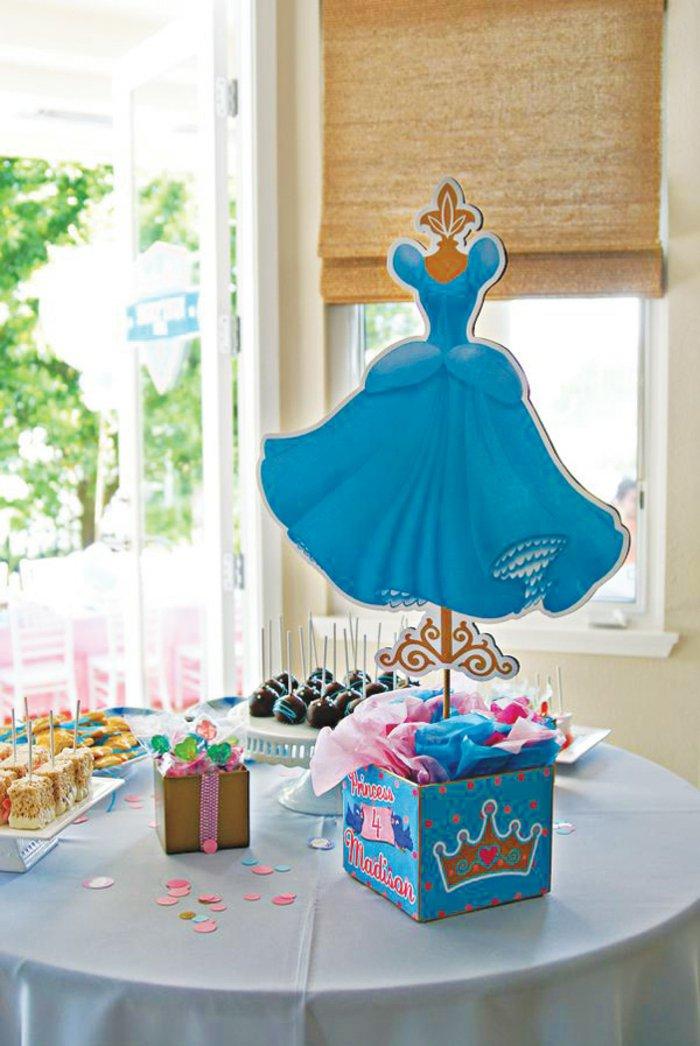 Kinder-Geburtstagsparty-inspiriert-vom-Aschenputtel-Märchen