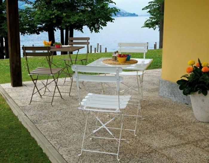 Klappstuhl-Camping-für-bistro-tisch-mit-bestuhlung
