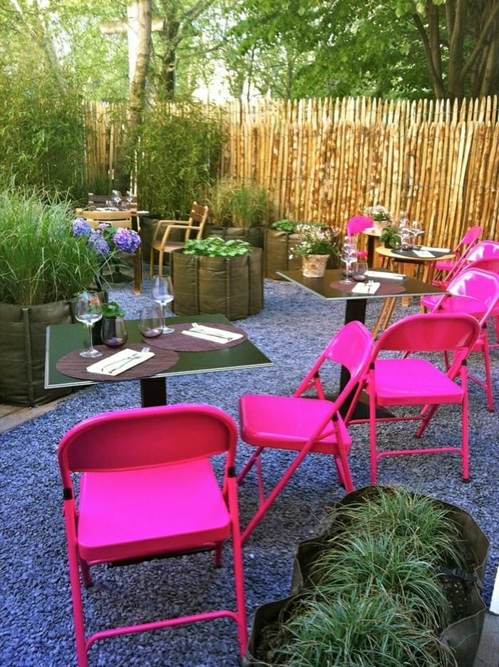 Klappstuhl-Camping-in-rosa