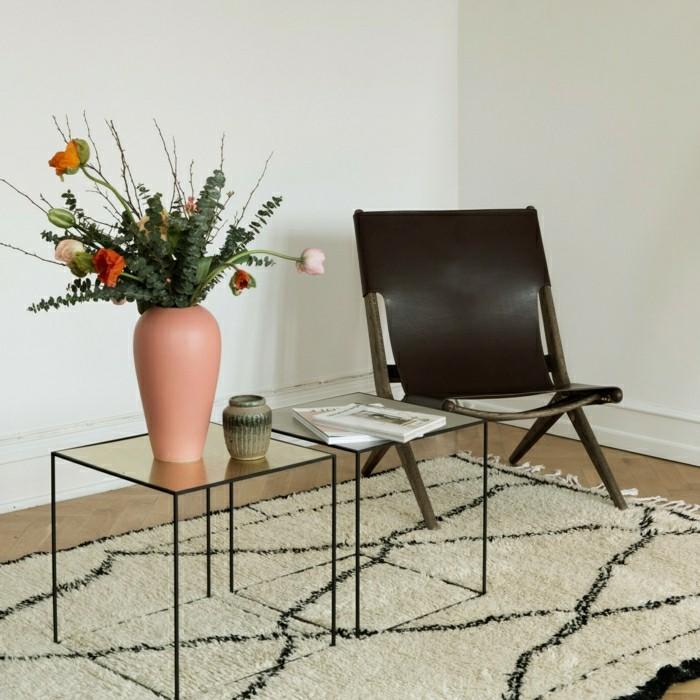 Klappstuhl-Camping-vase-teppich