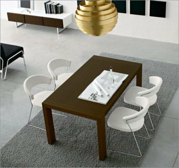 Konferenztische-holz-weiße-stühle
