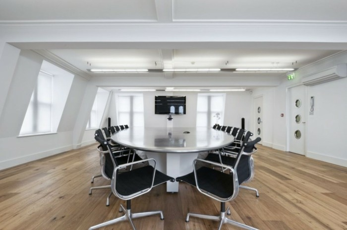 Konferenztische-interieur-gestalten-büromöbel