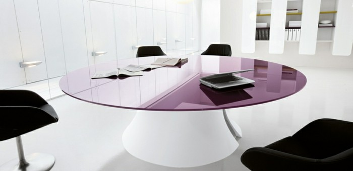 Konferenztische-lila-glas-tischplatte