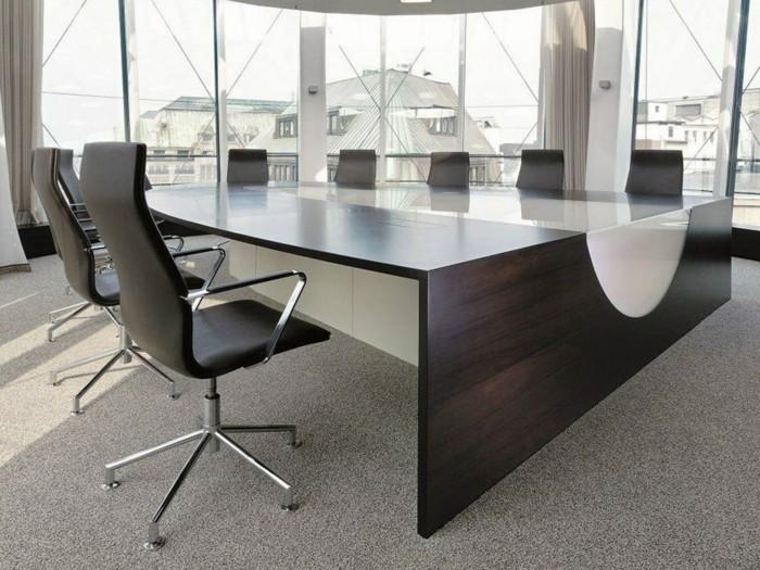 Konferenztische-super-großes-design