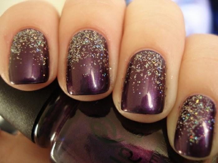 Nagellack-glitzer-dunkel-farbe-designs