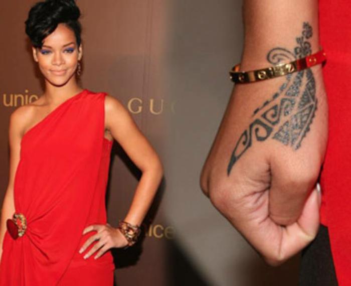 Rihanna-mit-Tattoo-am-Handgelenk