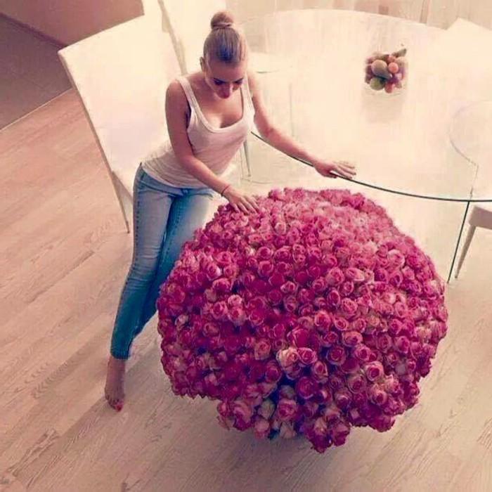 Rosenstrauß-Damen-Valentinstag