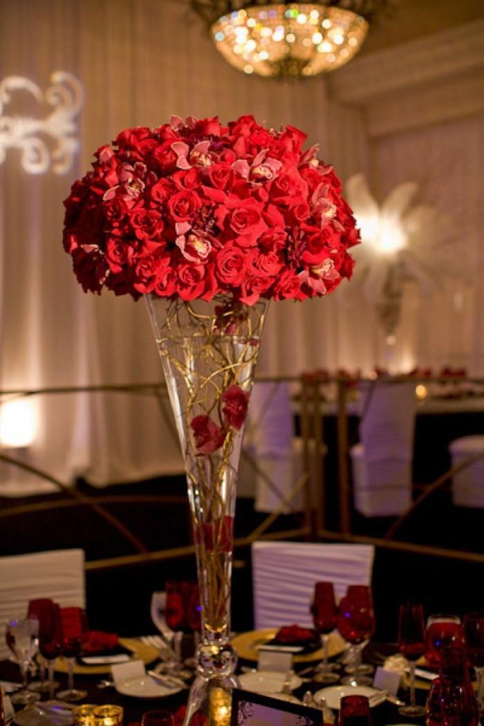 Rosen strauß-restaurant-rote-rosen-valentinstag