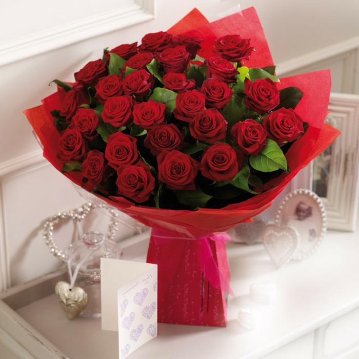 Rosen strauß-verschicken-elegant-für-valentinstag