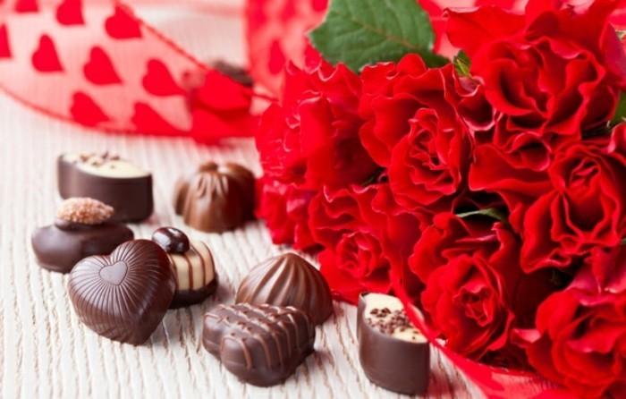 Rosen strauß-verschicken-freundin-zum-valentinstag