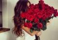Rosenstrauß für ein Valentinstag in Rot