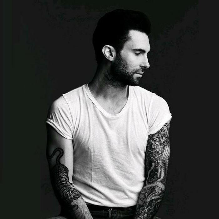 Tattoo-Motive-Männer-tätowierte-Ärme-Adam-Levine
