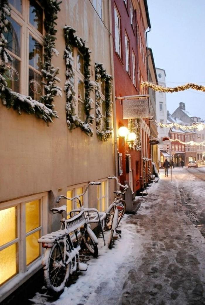 Winterbild-von-Kopenhagen-Straßen-bedeckt-mit-Schnee