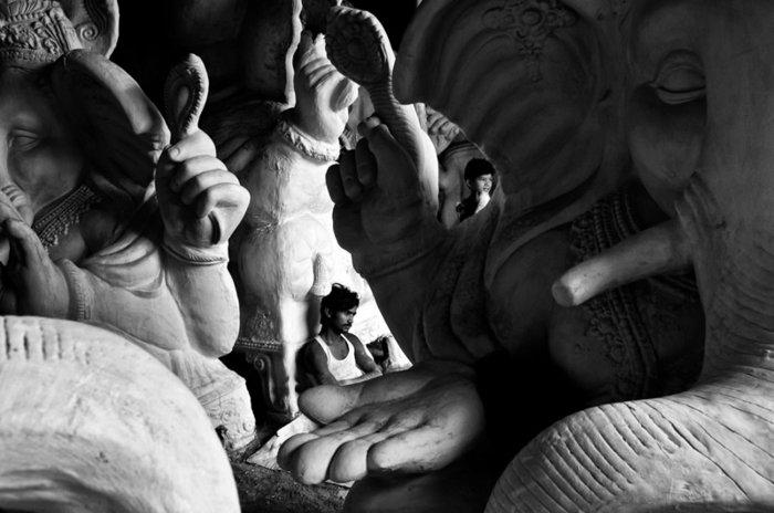 artistische-Fotokunst-cooles-Foto-von-Statuen