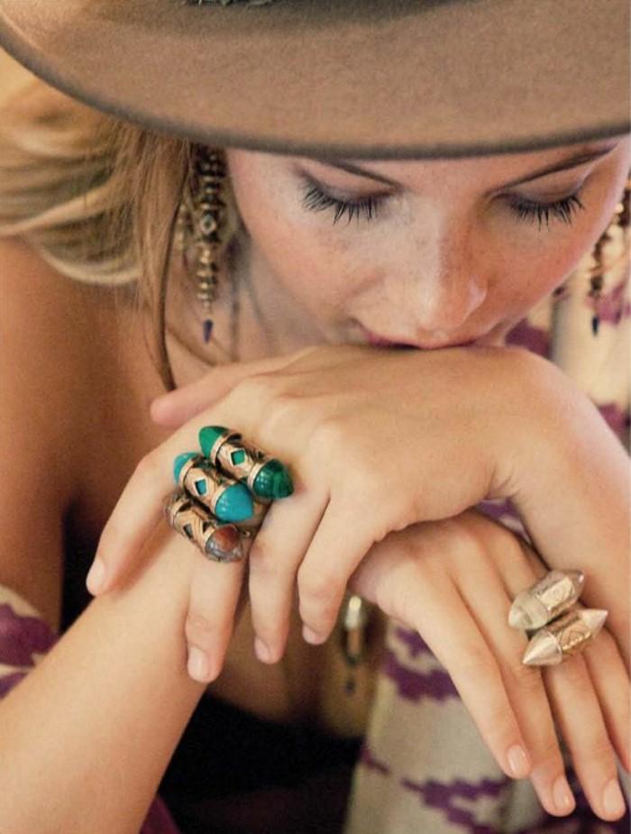 außergewöhnliche-Ringe-in-Boho-Stil