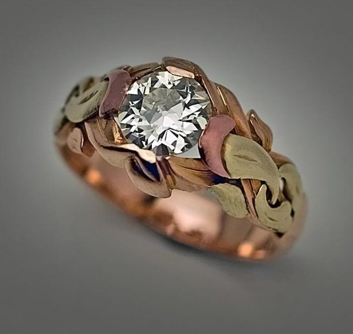ausgefallene-Ringe-vintage-Modell-männlicher-Ring-mit-russischem-Diamant