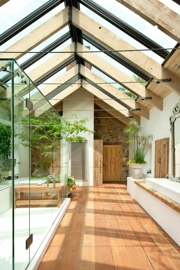 badezimmer-gestalten-ideen-hohe-zimmerdecke-wunderschönes-interieur