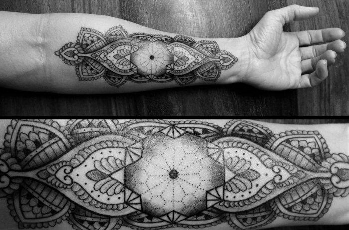 coole-symbolhafte-Tattoos-Bilder-Tattoos-für-Männer