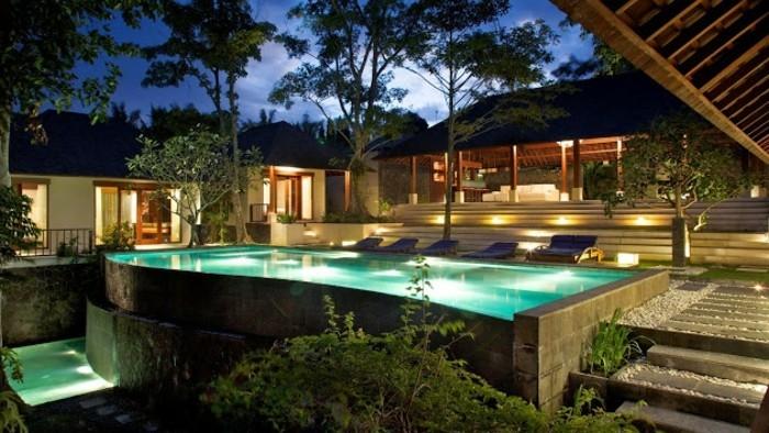 einfamilienhaus-bauen-sehr-extravagantes-design-super-aussehen