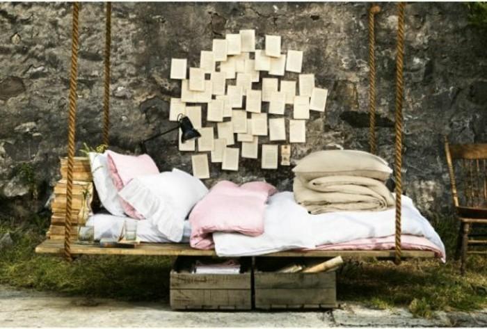 europalette-möbel-hängendes-bett-modell-im-garten