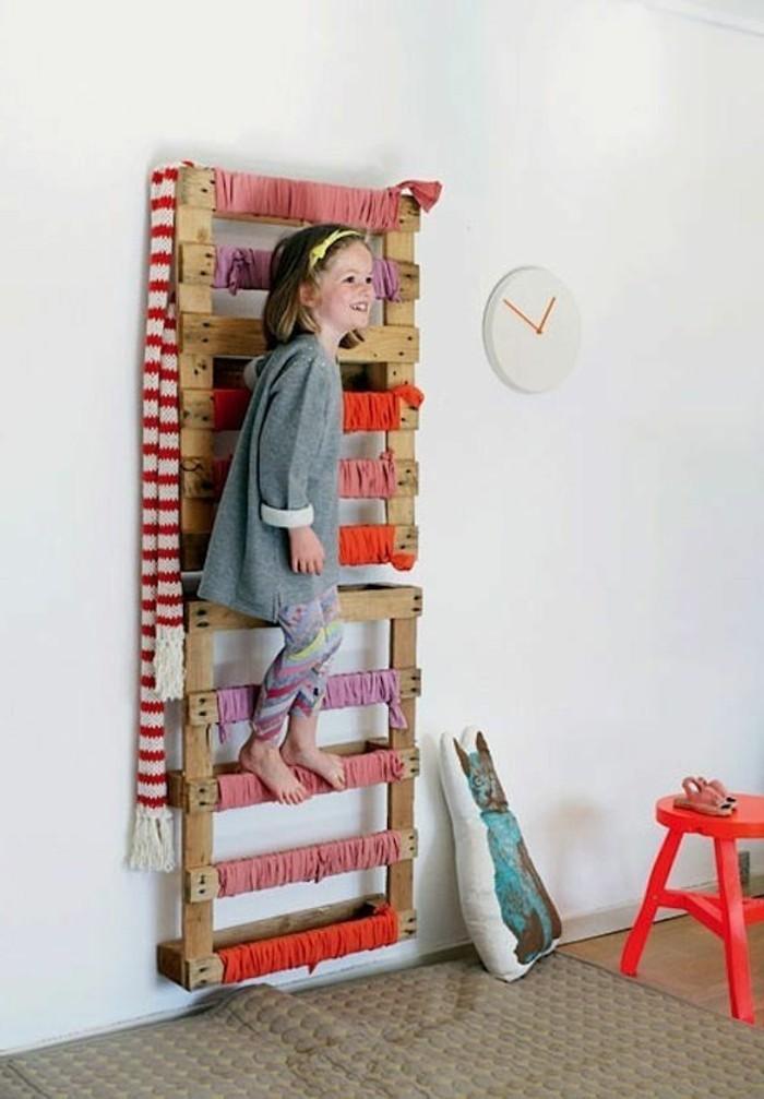 europalette-möbel-kreatives-modell-wohnwand-tolle-wohnideen