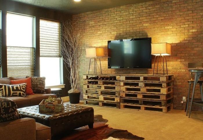 europalette-tisch-interessantes-design-unterschrank-im-wohnzimmer