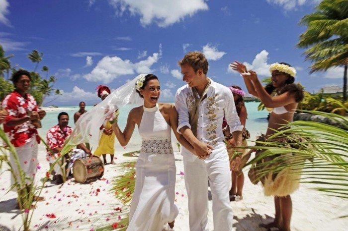 exotische-Hochzeitsfotos-Festtag-in-bora-bora
