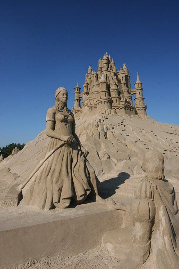 fantastische-Kunst-Skulpturen-aus-Sand