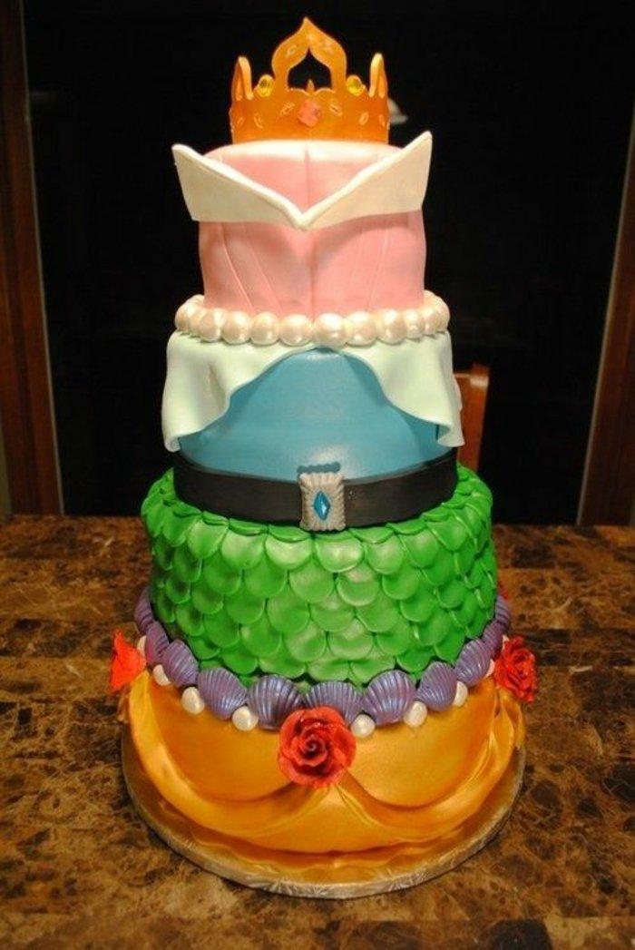 fantastische-Torte-wie-das-Kleid-von-Dornröschen