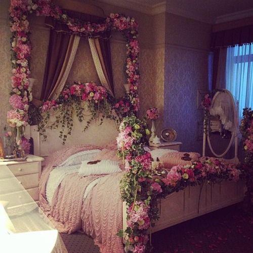 fantastisches-Interieur-beeinflusst-vom-Auroras-Schlafzimmer