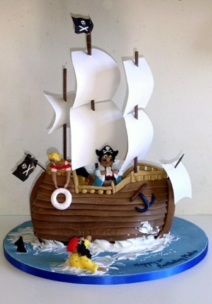 geburtstagskuchen-für-kinder-schiff-modell