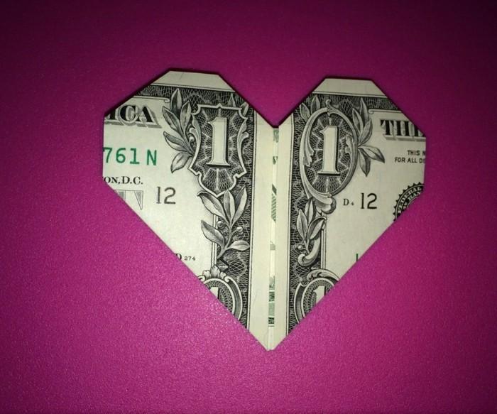 geld-falten-herz-origami-kreative-gestaltung
