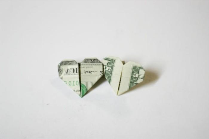 geld-falten-herz-zwei-herrliche-herzen
