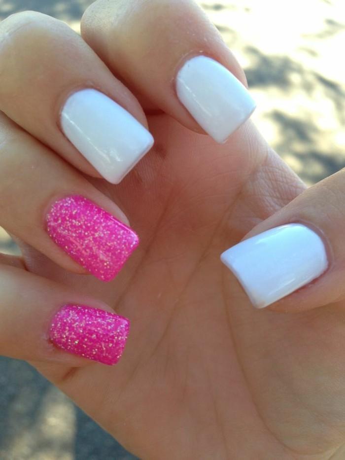 glitzernagellack-rosa-und-Weiß