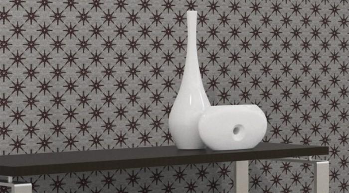 graue-moderne-gestaltung-an-der-wand-weiße-vase