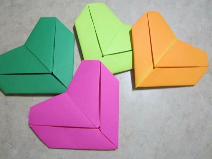 herze-basteln-kreative-bunte-modelle-origami