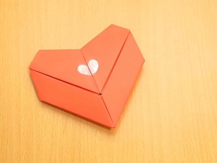 herze-basteln-orange-design-wunderschöner-hintergrund