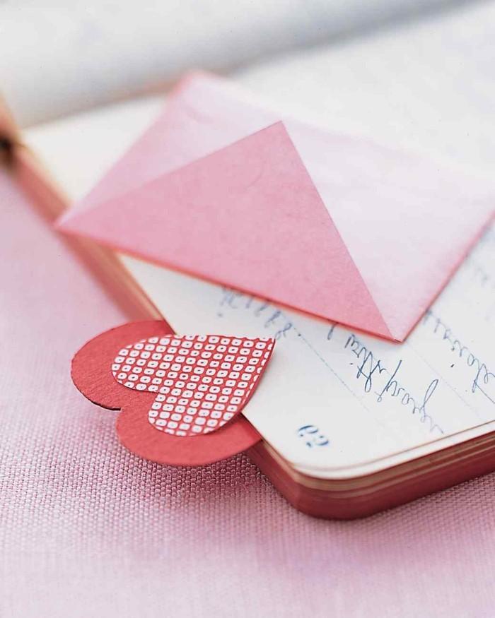 herze-basteln-origami-design-lesezeichen
