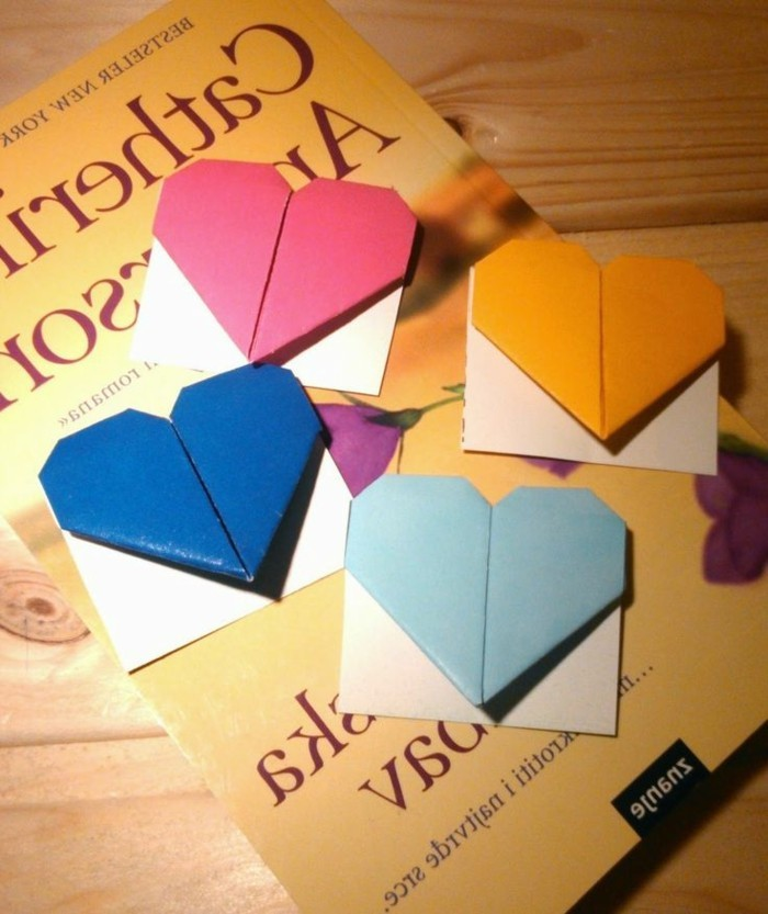 herze-basteln-origami-modelle-in-bunten-farben-selber-machen