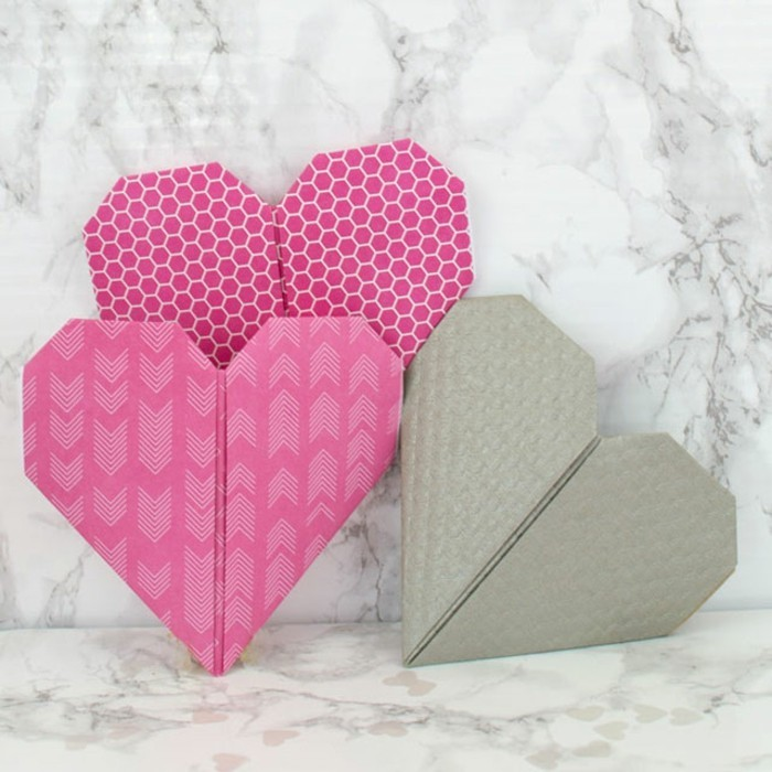 herze-basteln-pink-und-grau-zusammenbringen