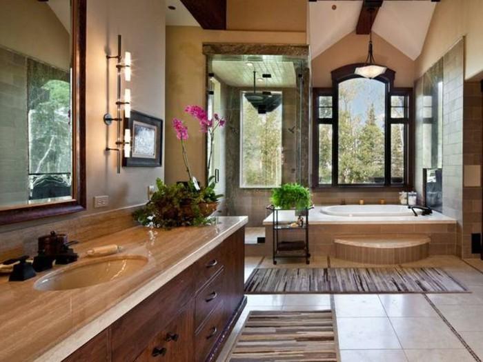 interessante-bad-fliesen-ideen-großer-spiegel-und-moderne-badmöbel