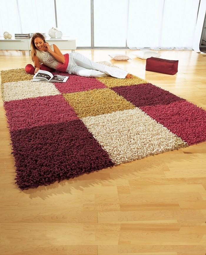 Raumgestaltung vom boden bis zur decke for Teppich auf dunklem boden